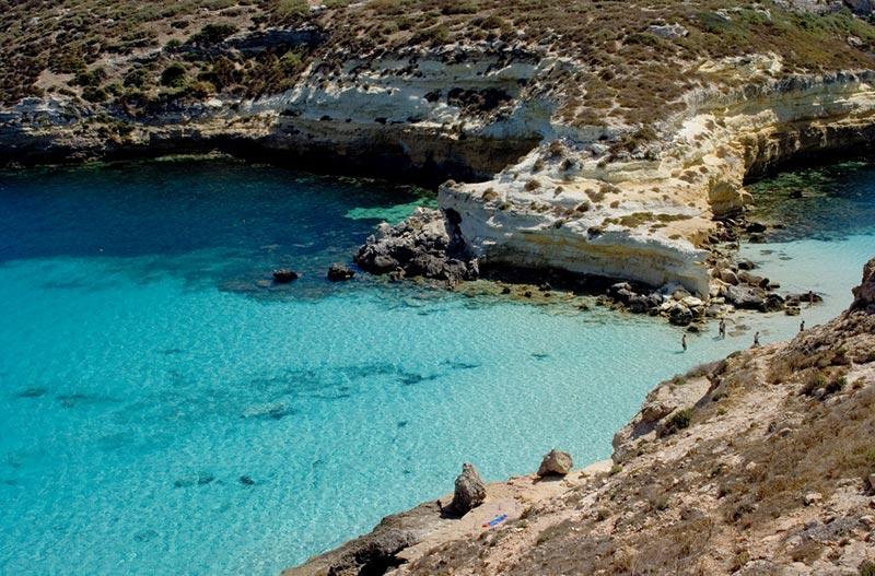 lampedusa spiaggia isola conigli