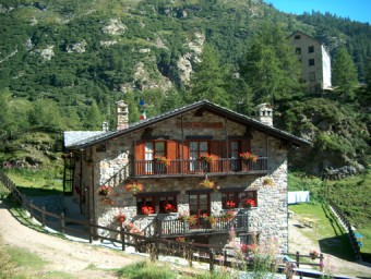 Rifugi Valle d'Aosta: Prarayer