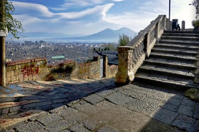 Scale di Napoli - trekking urbano