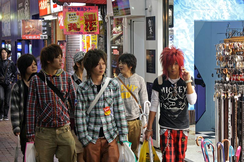 Mode a Tokyo, giovani a Shibuya