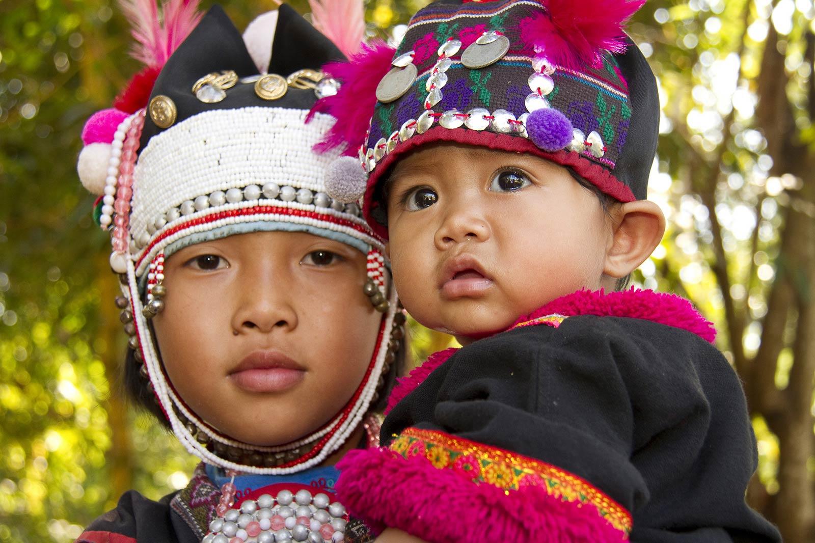 Bambini in Thailandia
