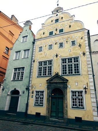 Case dei 3 Fratelli, Riga