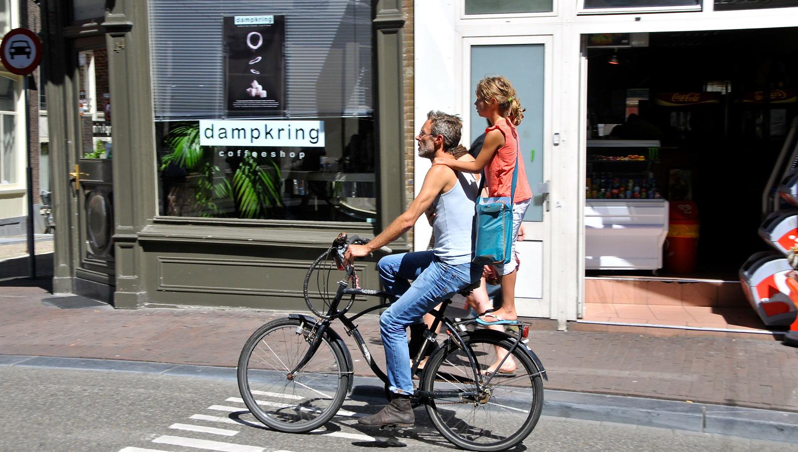 Amsterdam, Dampkring Coffeeshop