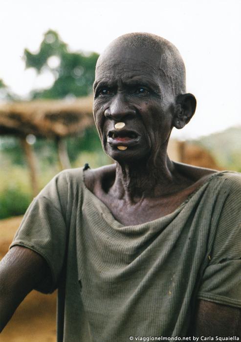 Burkina Faso - anziana Lobi