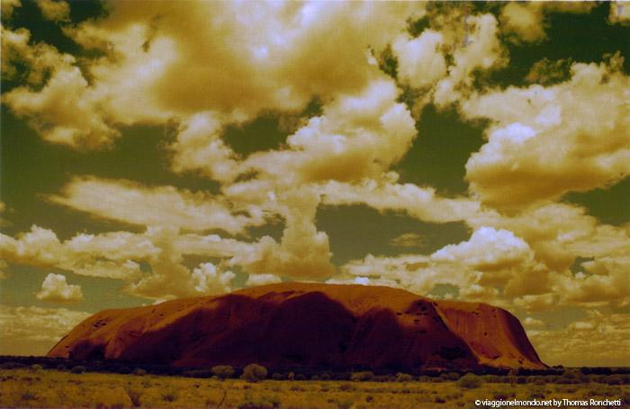 Uluṟu, Australia
