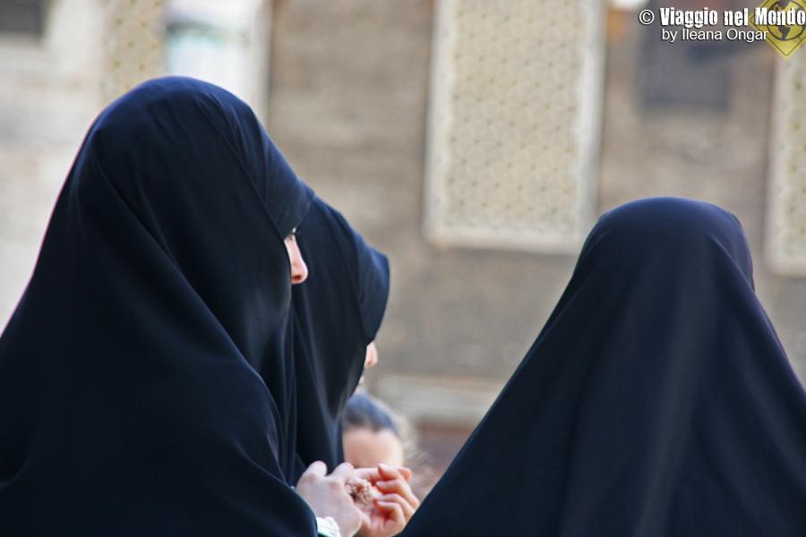 Donne con burka