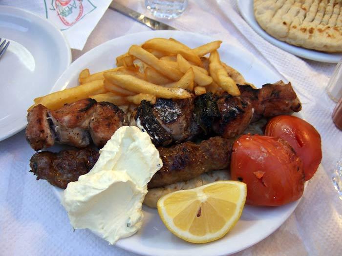 mangiare ad atene: souvlaki