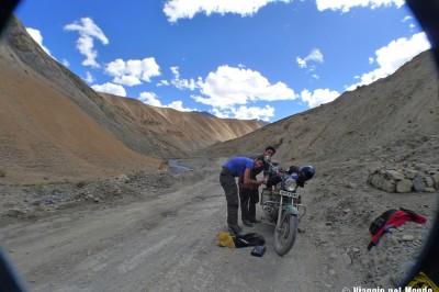 In moto sulle strade dell'India