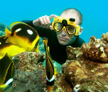 maschera-subacquea-con-videocamera
