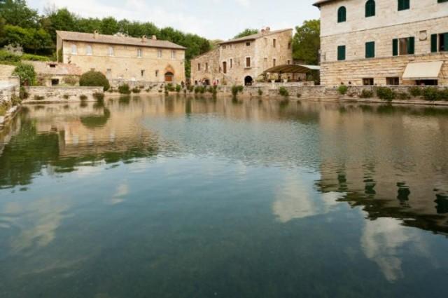 Terme libere per vacanze relax low cost viaggio nel mondo - Distanza da siena a bagno vignoni ...