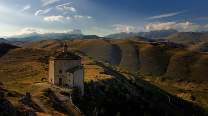 cosa vedere in Abruzzo: Rocca Calascio