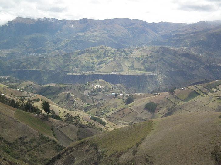 Ecuador, Ande