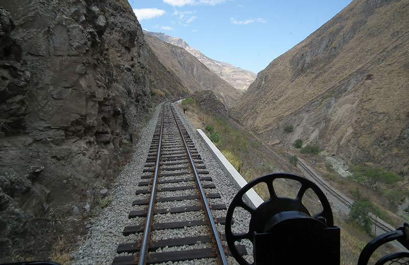Treno Ecuador Ande Nariz del Dablo