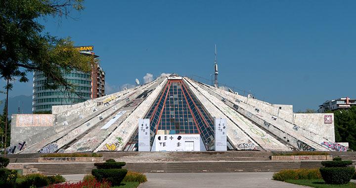 tirana, piramide