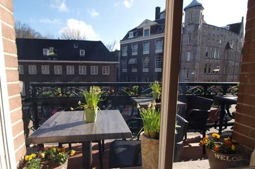 hotel Amsterdam fascia media