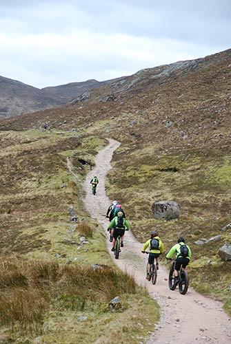 Trekking in Scozia: due cani e una bambina sulla West Highland Way