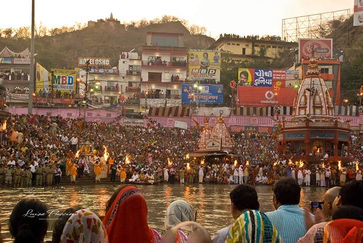 Rito del Bagno Sacro, India