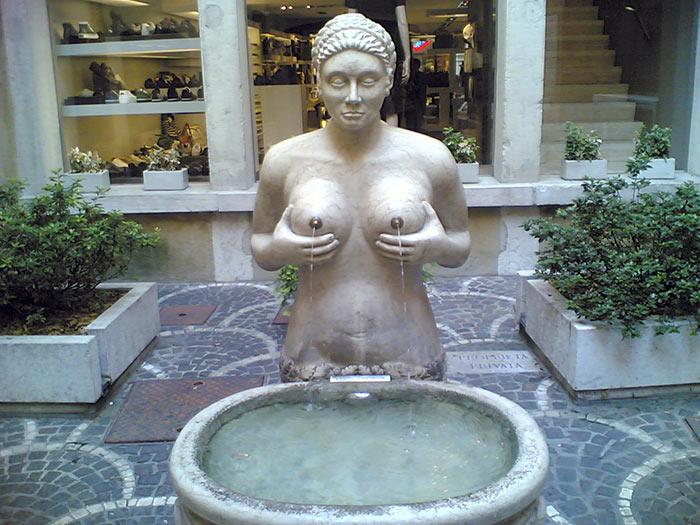 Treviso, Fontana delle Tette