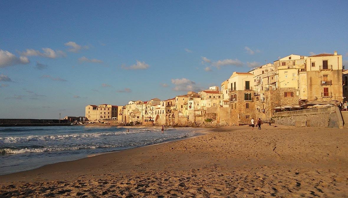Spiaggia Cefalù, Sicilia