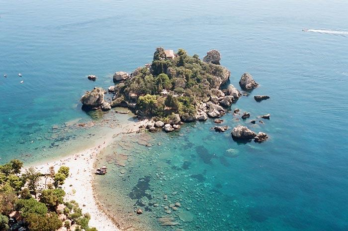 spiaggia Isola Bella, Sicilia