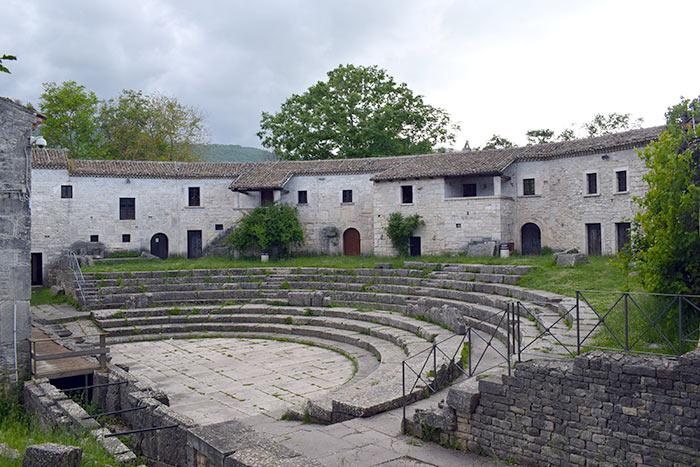 Anfiteatro Altilia