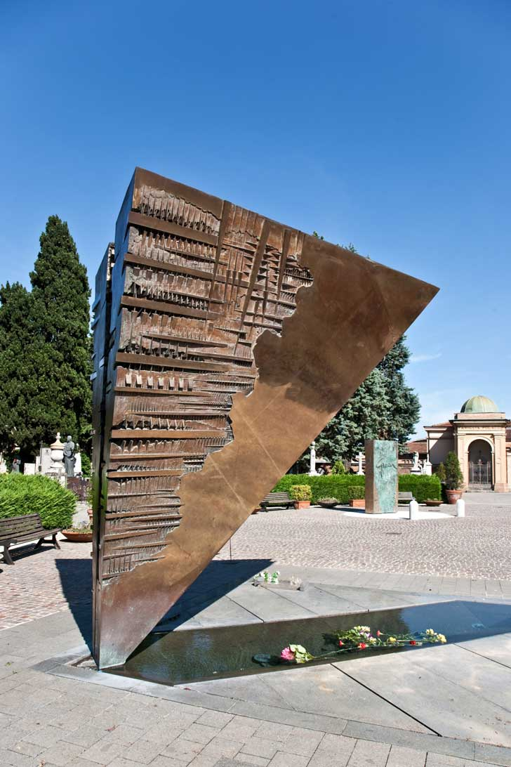 monumento Pomodoro per Fellini