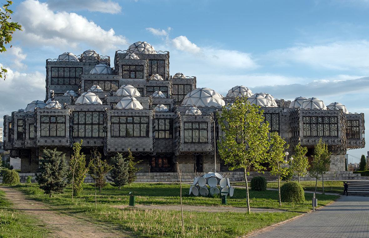 Pristina: la Biblioteca Nazionale