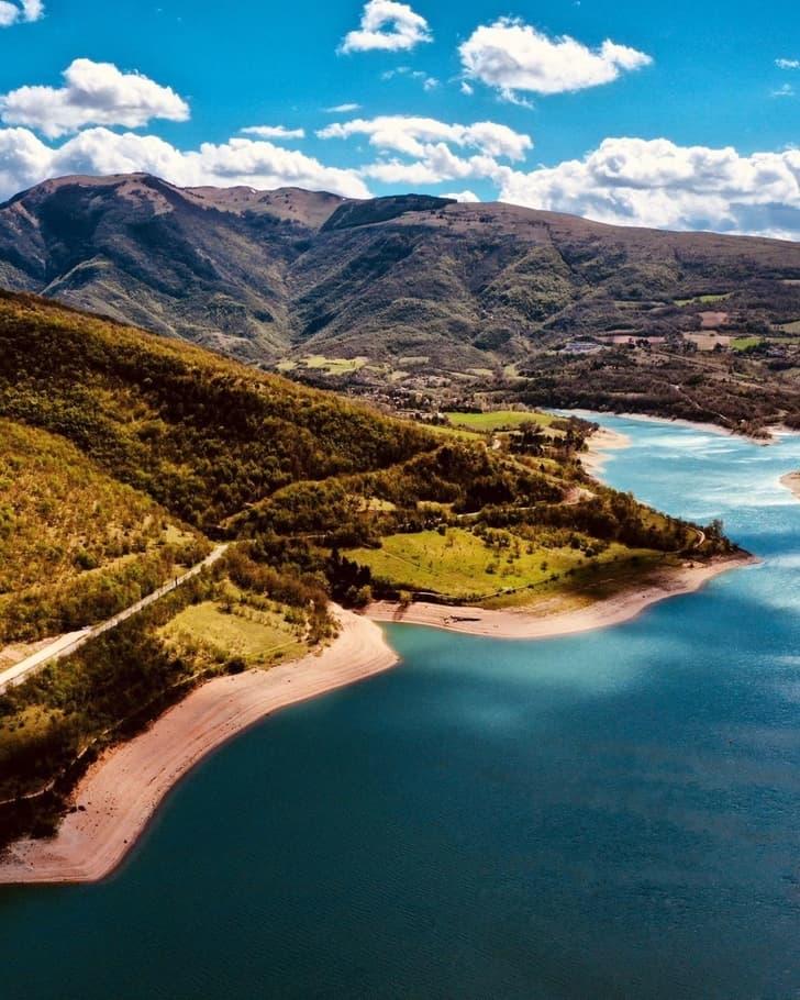 Lago Fiastra