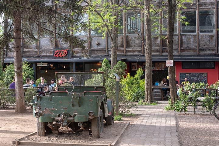Sarajevo: Café Tito