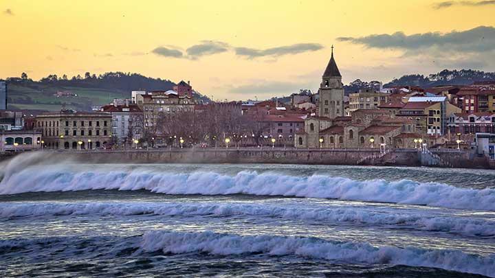 Gijon, Asturie